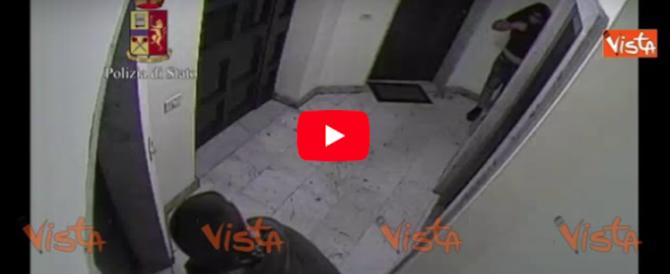 Rubavano in casa, mentre i proprietari dormivano: traditi da troppa avidità (video)