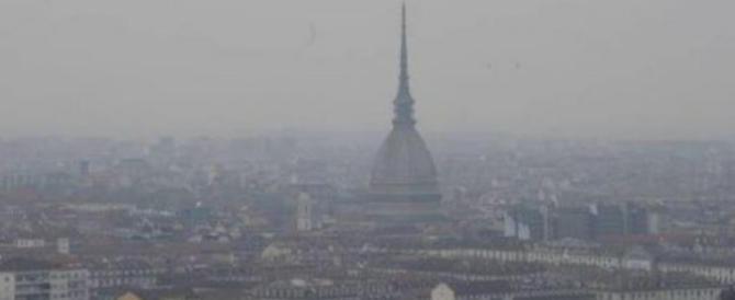 Legambiente, allarme smog: codice rosso in 39 città. Maglia nera a Torino