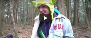 Youtuber senza freni: Logan Paul mostra il corpo del suicida e ridacchia (video)