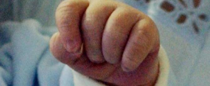 Maschietti e italiani: Nicolò e Daniele sono i primi bimbi nati nel 2018
