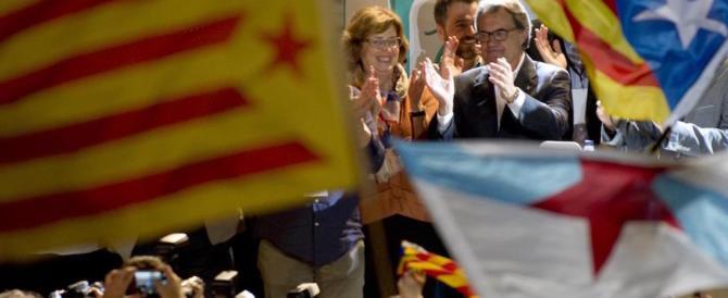 Patto fra secessionisti catalani: siglato a Bruxelles, conferma Puigdemont leader