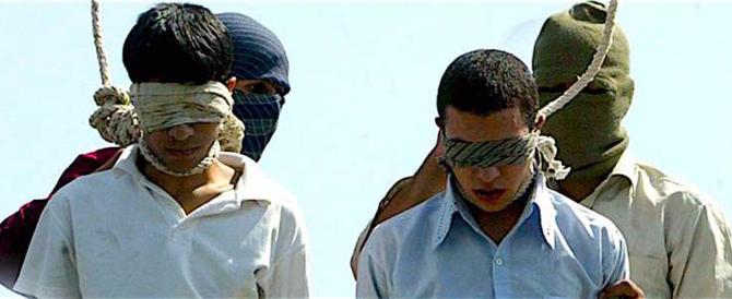 Iran, uccise un uomo a 15 anni: sarà giustiziato a Qom nelle prossime ore