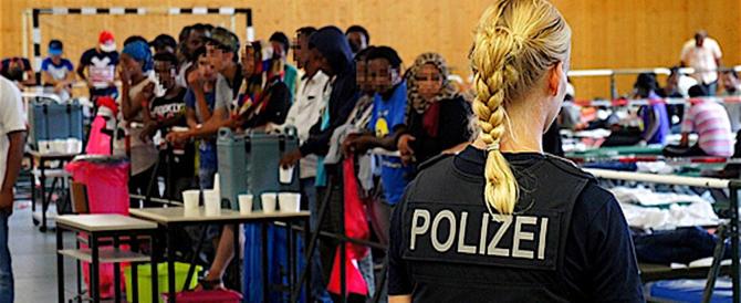 """L'Austria inasprisce i controlli ai confini: """"Finita la festa dei clandestini"""""""