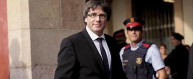 Puigdemont è arrivato a Copenaghen ma adesso rischia l'arresto europeo