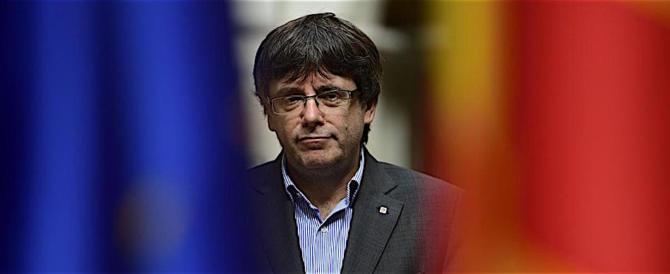 """Spagna, ora il latitante Puigdemont chiede di votare a """"distanza"""""""