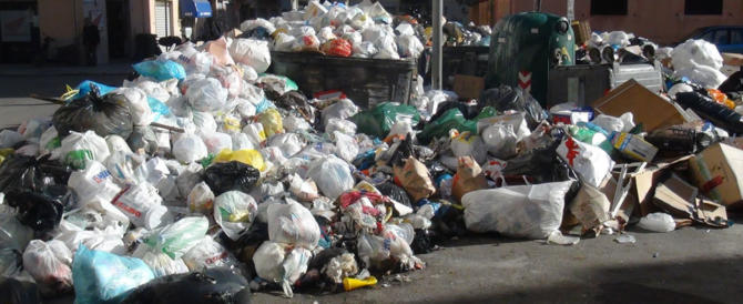 La Sicilia ripiomba nell'emergenza rifiuti, Musumeci vola da Gentiloni