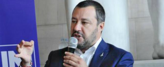 Salvini: chi spara è un delinquente, ma è il caos migranti che porta allo scontro