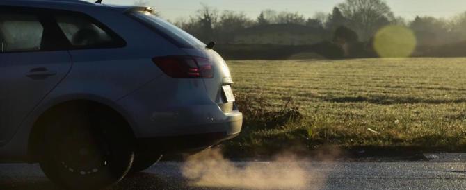 Germania, i media denunciano: test sui gas di scarico anche su cavie umane
