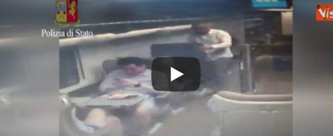 """Roma, preso il """"re"""" delle rapine sui treni: decine di furti. Così entrava in azione (video)"""