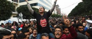 Proteste contro il carovita: la Tunisia può diventare una polveriera