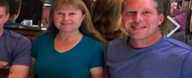 Su Fb sembrava la famiglia perfetta: il figlio 16enne li uccide a Capodanno