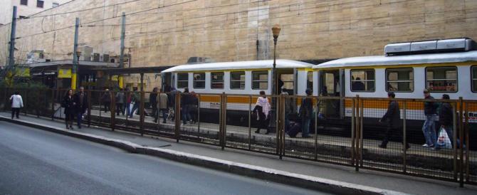 Roma, sempre peggio: nordafricani aggrediscono e rapinano due turisti