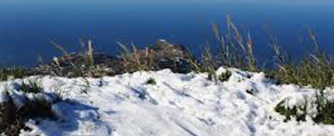 Maltempo in Campania: la neve risparmia Capri, ma imbianca Ischia