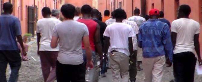 Cagliari, lite al centro migranti sfocia nel sangue: 19enne muore accoltellato