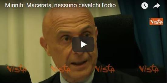 Minniti su Macerata, «nessuno cavalchi l'odio social»: giro di vite del Viminale (Video)