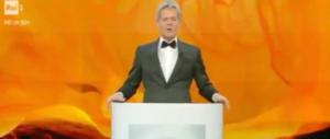 """Baglioni """"imita"""" Mussolini. E parte la polemica più ridicola di Sanremo (video)"""