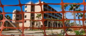 Condono edilizio: è polemica sull'idea di Berlusconi. Anche Salvini dice no