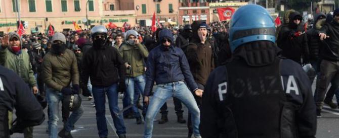 Al corteo degli antifascisti di Genova sequestrato un arsenale da guerriglia