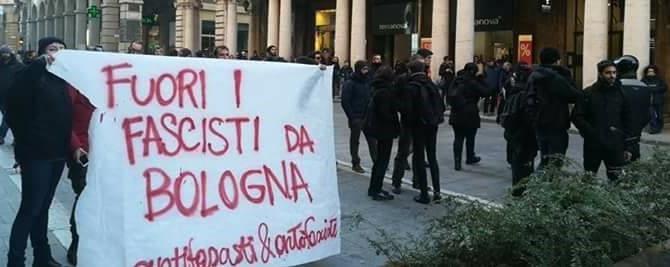 Bologna, campagna avvelenata. Centri sociali scatenati, cariche della polizia (video)