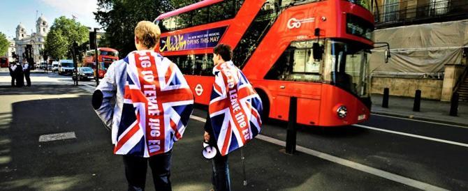 """Brexit: malgrado i """"gufi"""" prosegue la crescita inglese. Ue preoccupata"""