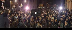 Delirio grillino: Di Battista gli dà del mafioso (video), Berlusconi lo querela