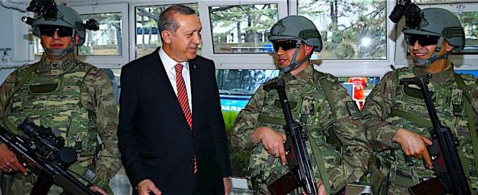 Prosegue l'invasione turca in Siria nel silenzio totale: arresti anche a Istanbul