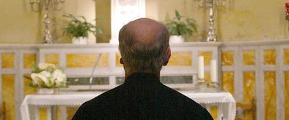 L'esorcista Truqui: «Nessun luogo immune al demonio, neanche il Vaticano»