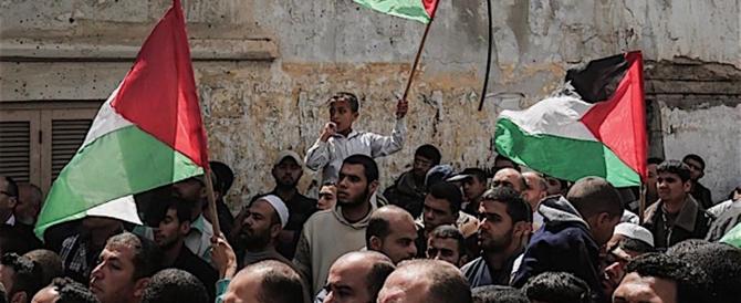 """I palestinesi: sì ai negoziati. Ma intanto proclamano il """"giorno della rabbia"""""""