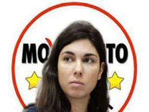 Giulia Sarti, la deputata M5s si è autosospesa