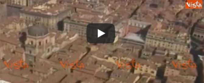 """""""Non fitto agli stranieri"""". Italiana alla gogna, divulgata la telefonata (audio)"""