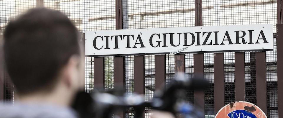 La sentenza che mette in ginocchio il clan Spada: in 3 condannati per mafia