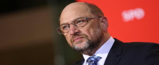 Germania, Schulz costretto a lasciare la guida della Spd (video)
