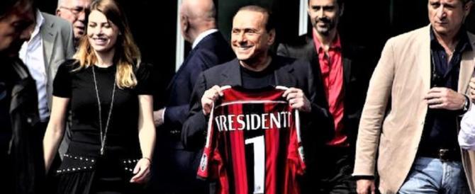 """Berlusconi: """"Migranti bomba sociale. Ce ne sono 600mila di troppo"""" (video)"""