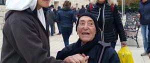"""Addio a padre Rastrelli, """"eroe"""" anti-usura e icona della destra napoletana"""