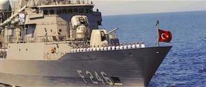 La Marina turca minaccia di speronare l'italiana Saipem 12000. Governo inetto