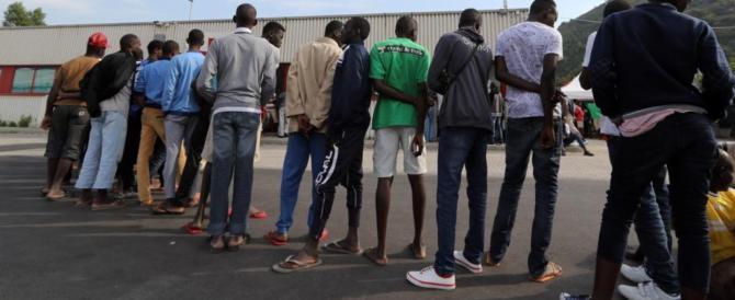 Il sindaco Pd: «A Castel Volturno sono i nigeriani a dettare le regole»