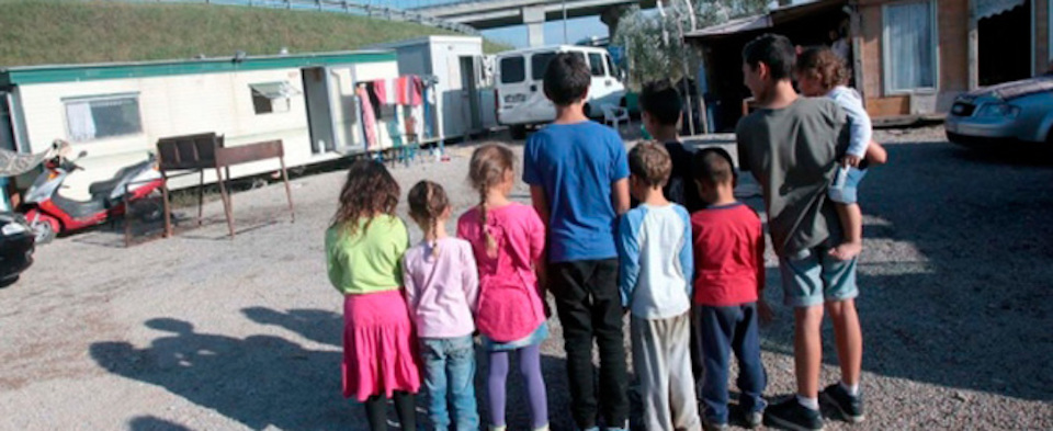 Bimbo di 5 anni rapito a Catania: ritrovato in campo nomadi