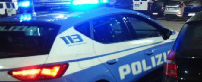 «Non vogliamo pagare il conto»: due rom picchiano la titolare del ristorante
