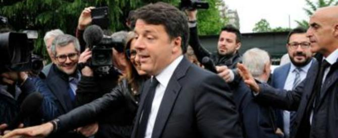 Renzi arriva al Senato (che voleva abolire…) e promette: «Sto zitto due anni»