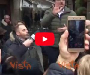 Salvini sbeffeggia i centri sociali: «Troverò lavoro anche a questi sfigati» (video)
