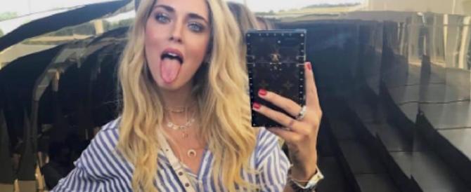 """Un bel selfie? Meglio un «autoscatto»: il Devoto-Oli invita a """"Dirlo in italiano"""""""