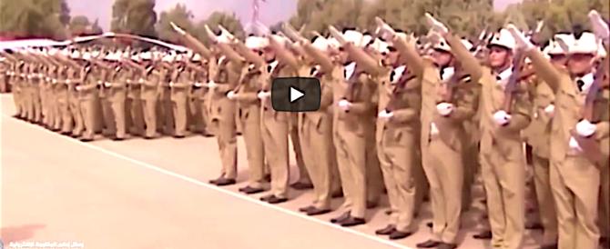 Siria, le forze pro-Assad in marcia per respingere l'invasore turco (video)