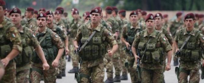 Cassino, il generale della Folgore scrive alla Pinotti: «Tolga i contributi all'Anpi»