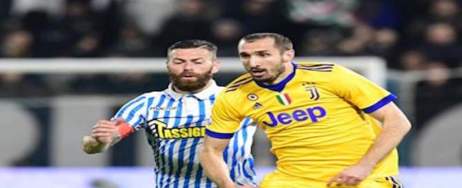 Chiellini out, il difensore della Juventus lascia Coverciano