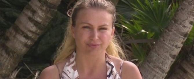 """Isola dei Famosi"", Eva Henger rivela i nomi dei naufraghi che sapevano della droga"
