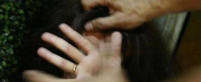 Modena, ghanese stupra e mette incinta la figlia a 13 anni: a processo