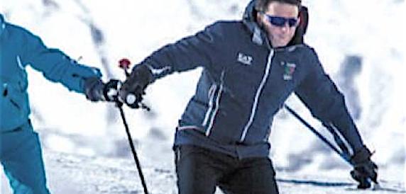 Renzi fa l'offeso: «Le consultazioni al Quirinale? Non ci sarò, vado a sciare»