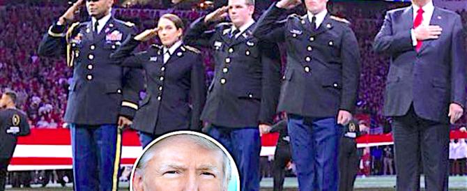 Trump vieta l'esercito ai transgender: «A loro solo compiti limitati»