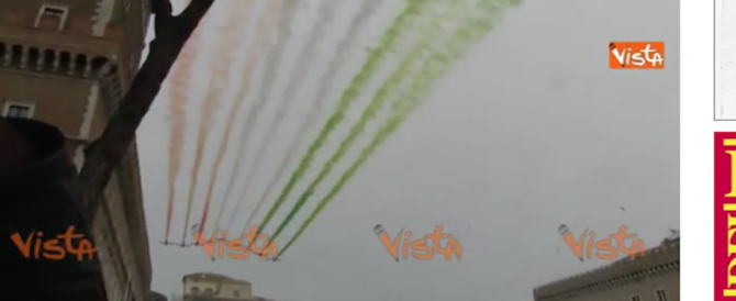 """Unità d'Italia, il volo delle Frecce tricolore. FdI: """"Diventi Festa nazionale"""" (video)"""