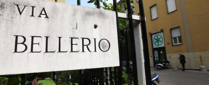 Milano: armato di ascia, tenta di irrompere nella sede della Lega